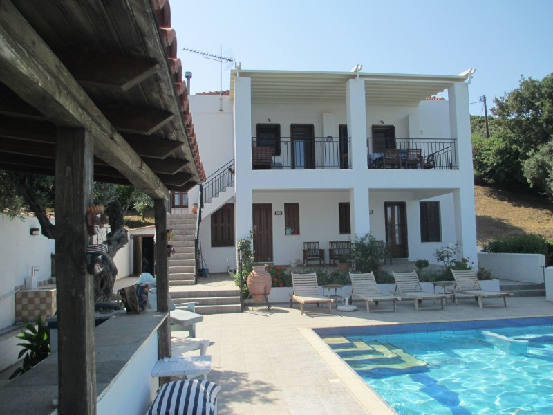 VILLA AND POOL AT AGIOS TAXIARCHIS