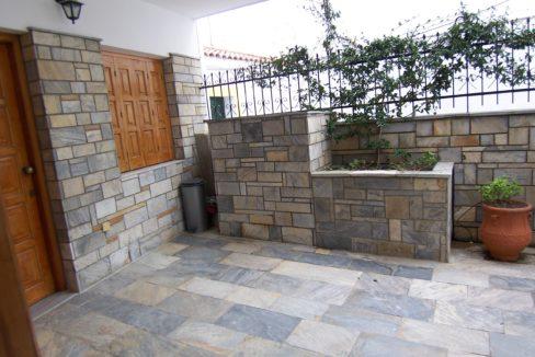 596 - Courtyard 2
