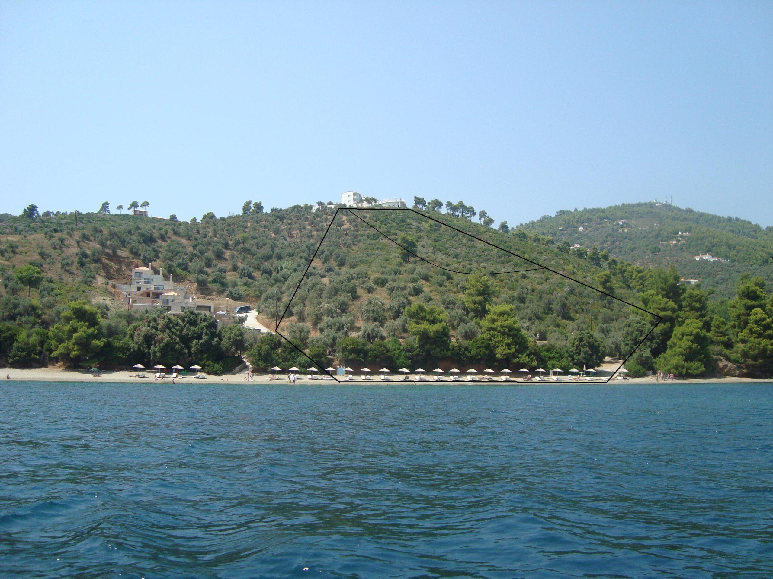 LARGE PLOT OF LAND ON THE SEA AT VASILIA
