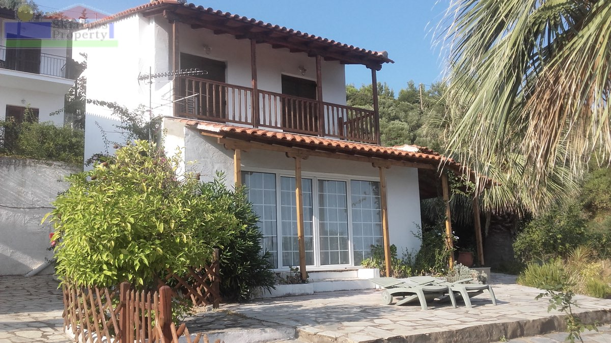 VILLA JOSAN AT AGHIOS ANTONIS WITH PANORAMIC VIEWS