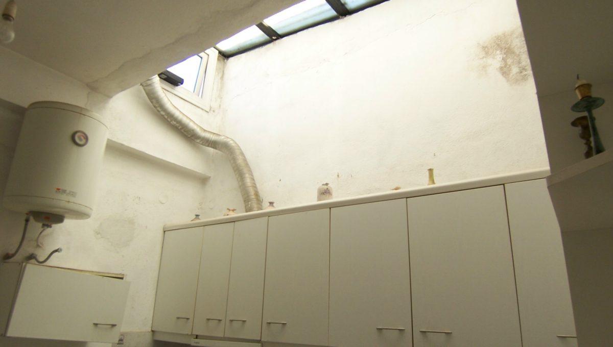 594 - 2nd Apt - Kitchen 2