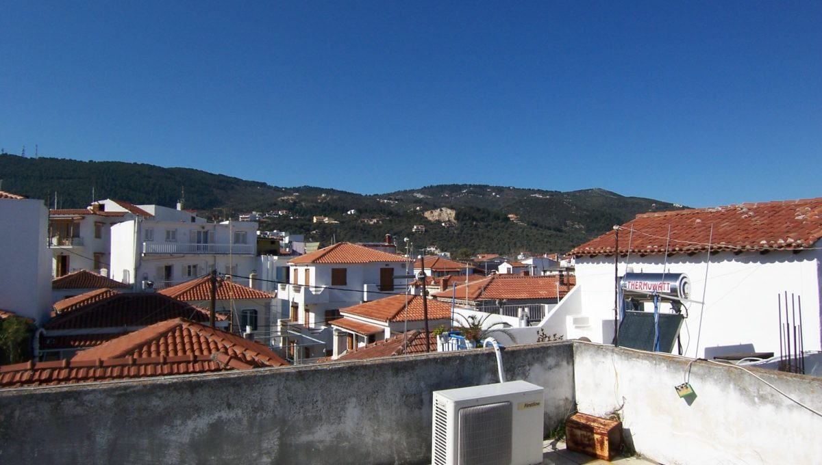 594 - Roof Terrace 3