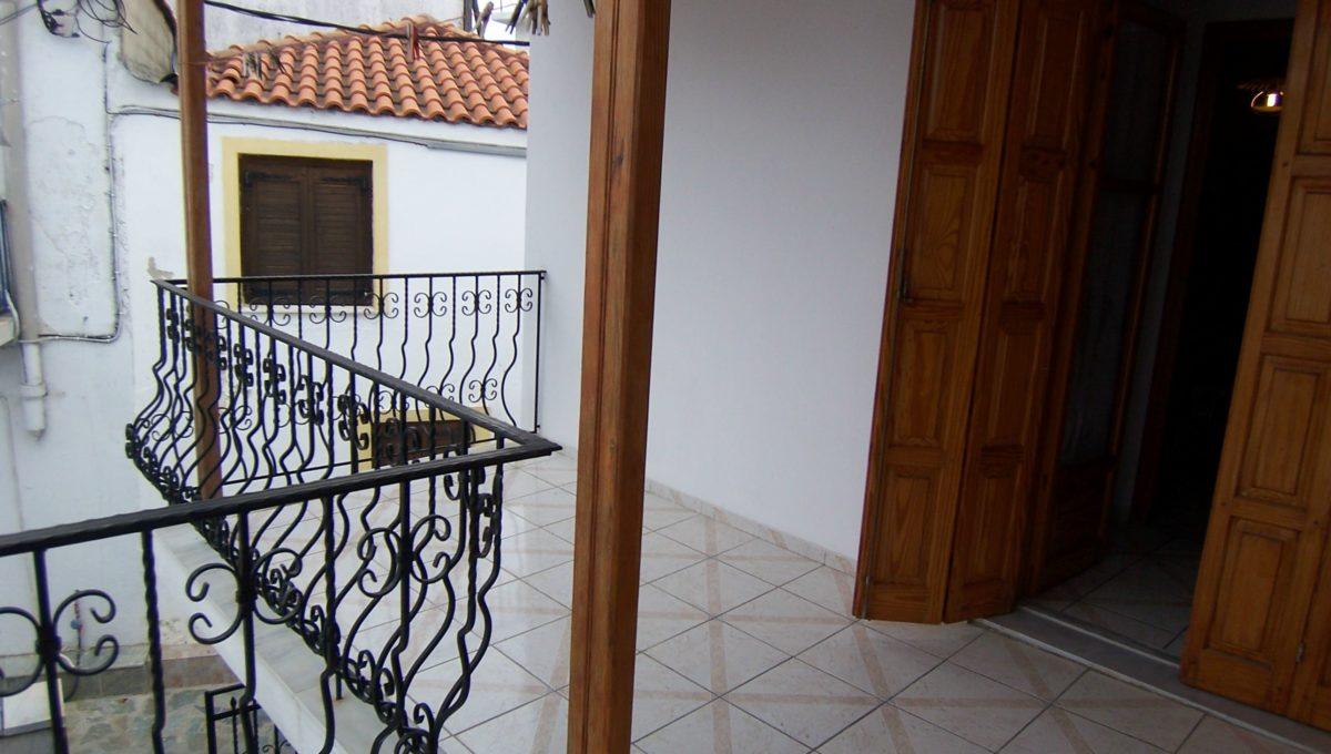 596 - Balcony 2
