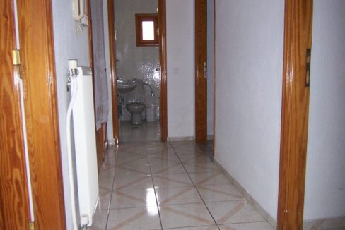 596 - Hallway