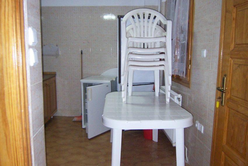 596 - Kitchen 2