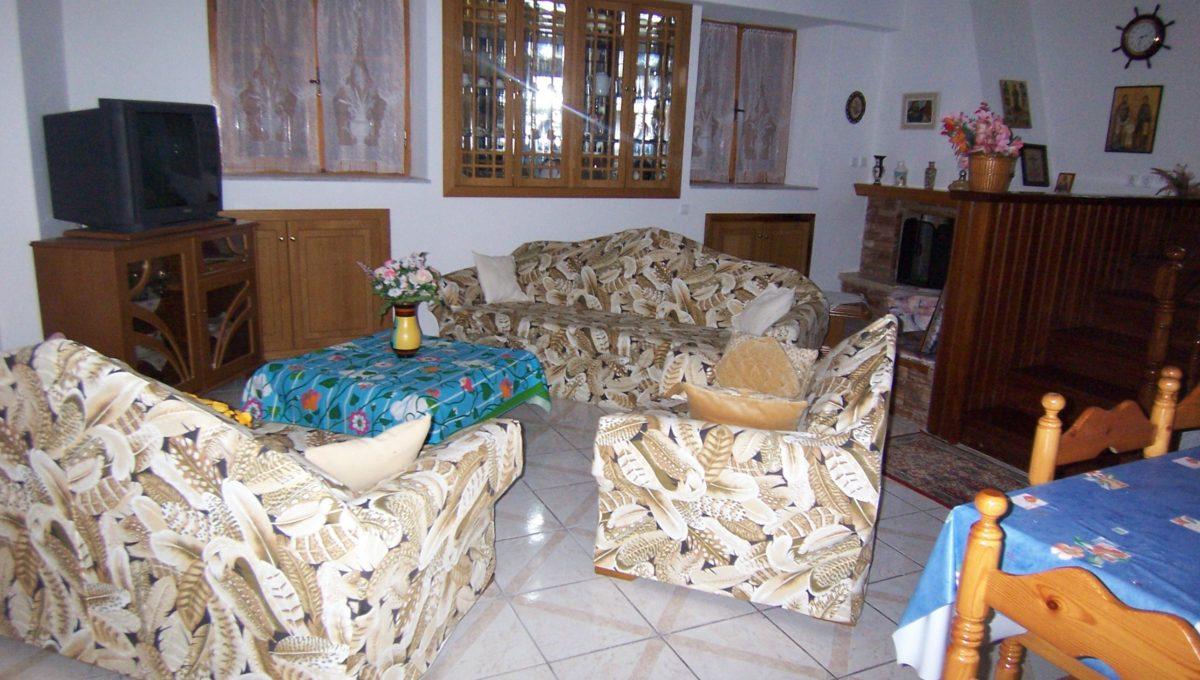 596 - Lounge 1