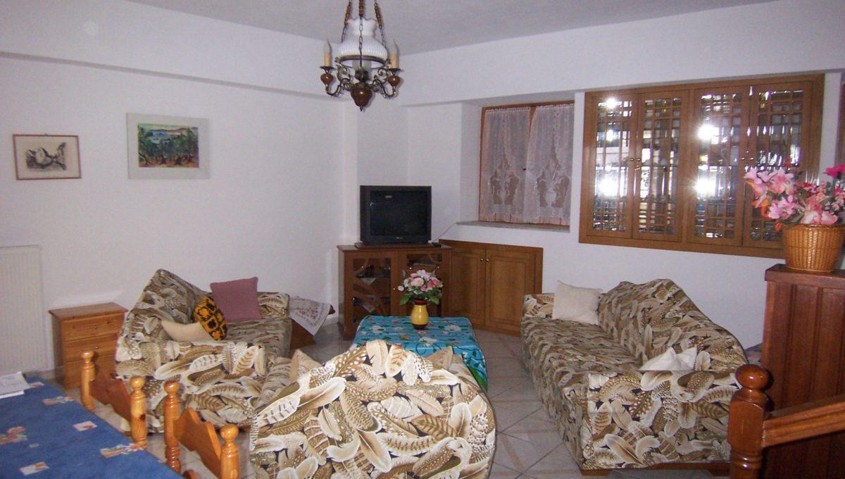 596 - Lounge 4