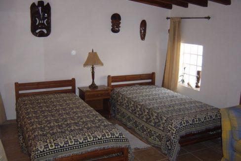Guest Bedroom0006