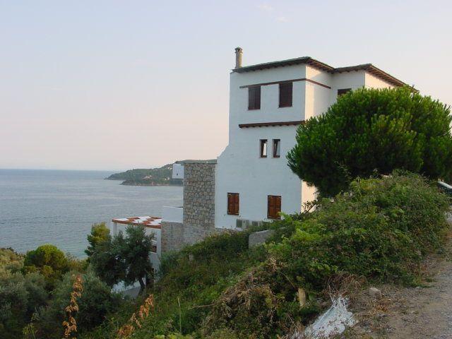 Villa Kim, exteriors (10)