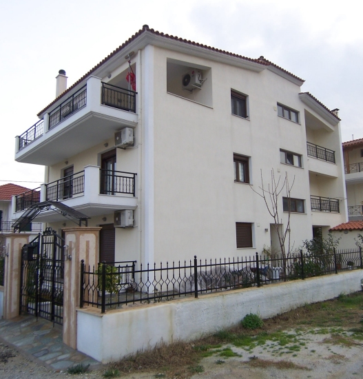 STYLISH, NEW APARTMENT COMPLEX IN SKIATHOS TOWN