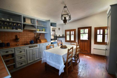Kitchen-03