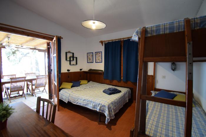 Room-C-02